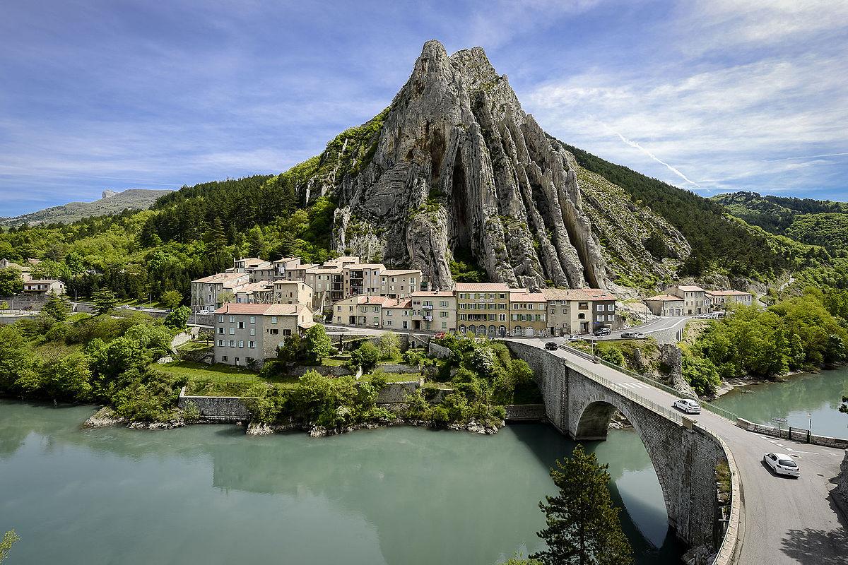 Que peut-on voir dans les Alpes-de-Haute-Provence ?