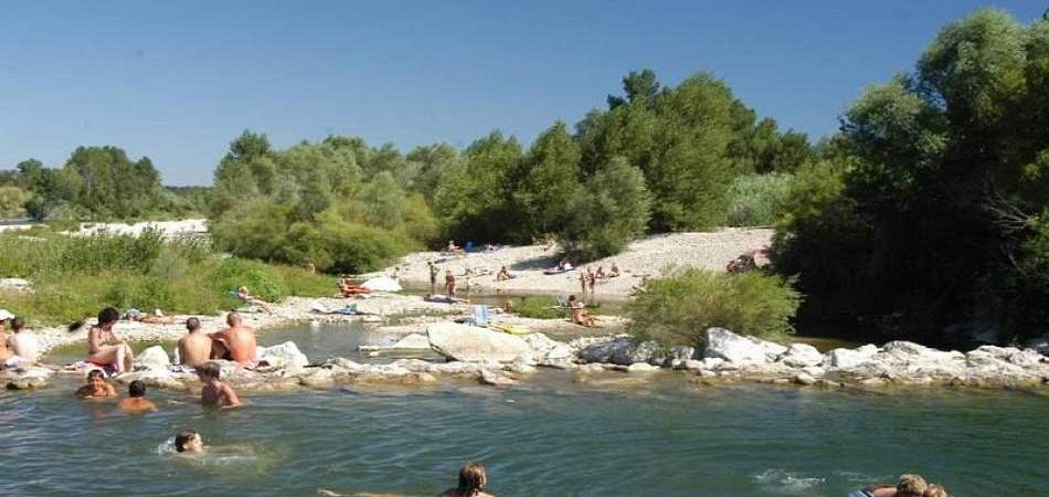 Camping dans le Gard : que savoir avant de s'y rendre ?