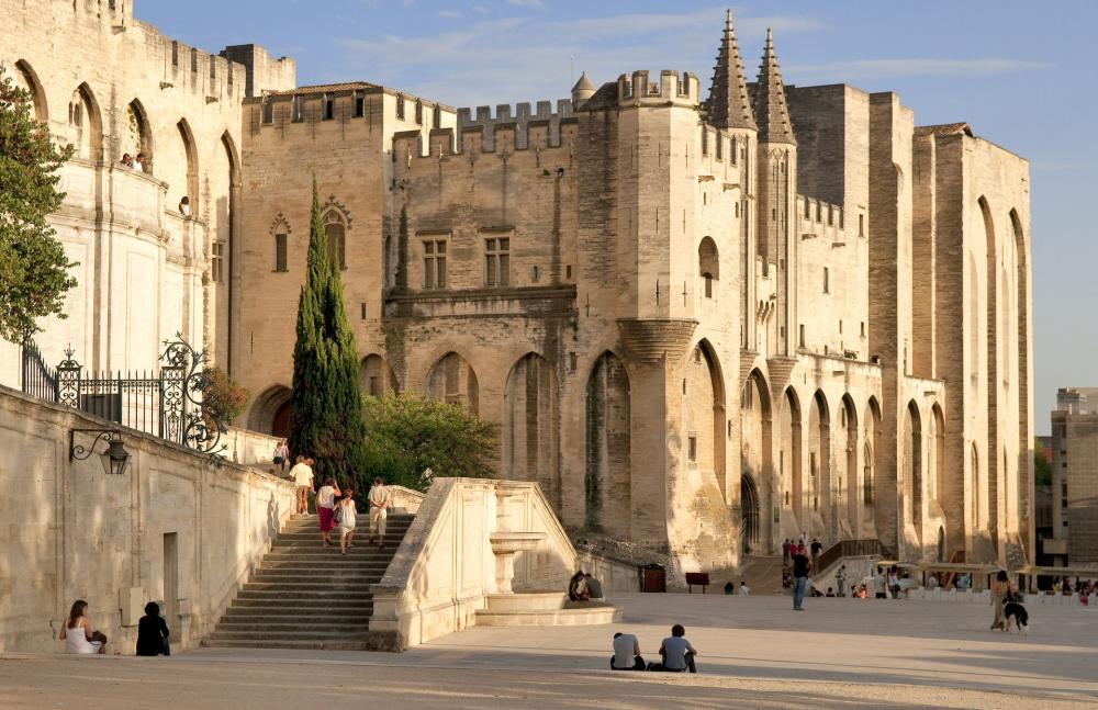 Le Palais des papes d'Avignon, l'un des incontournables de Provence